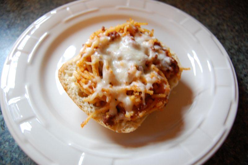 Spaghetti Garlic Bread 002